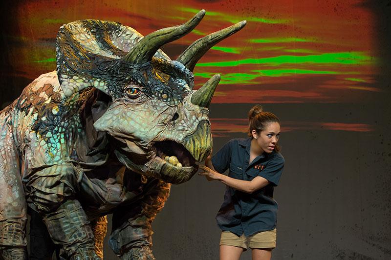 Omaha dating brother dinosaurs